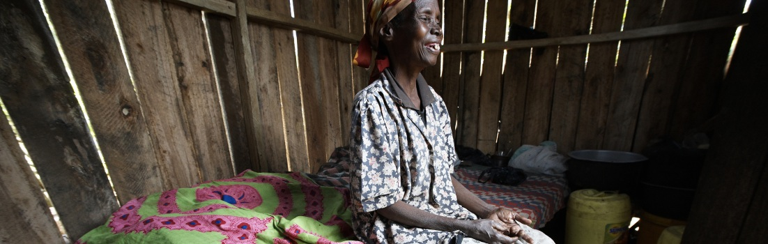 Photo: Patient in her home in sub-Saharan Africa. Copyright Nadia Bettega.